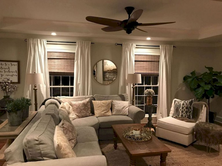 60+ comfy farmhouse living room makeover decor ideas