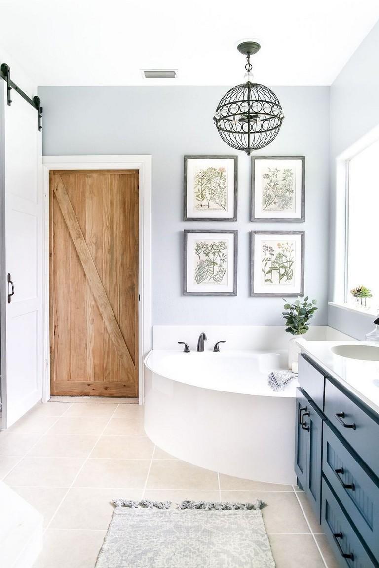 73+ Awesome Farmhouse Rustic Master Bathroom Remodel Ideas