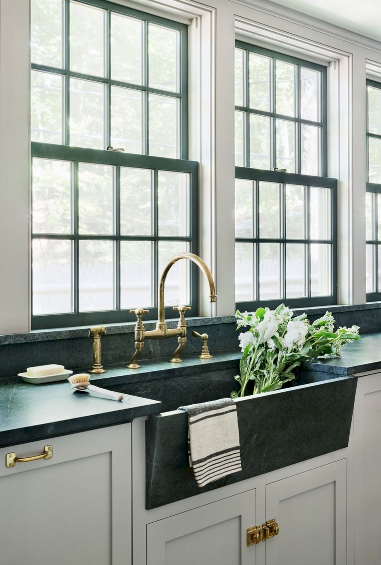 67+ Cool Modern Farmhouse Kitchen Sink Decor Ideas on Kitchen Sink Ideas  id=36936